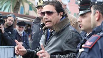 Ein Gericht verurteilte Schettino im Februar in erster Instanz wegen fahrlässiger Tötung zu 16 Jahren Haft (Archiv)