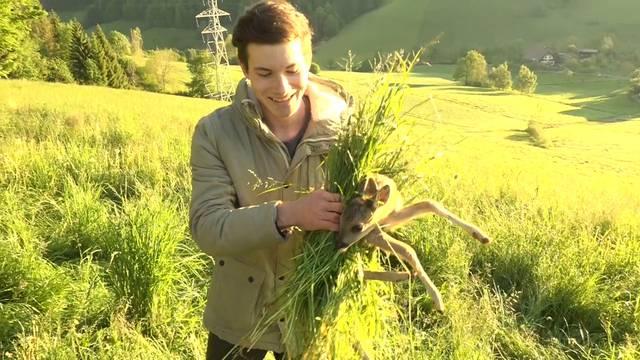 Der 18-jährige Pascal Zimmermann bei seiner heldenhaften Arbeit.
