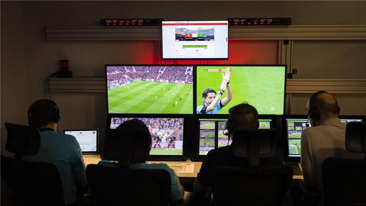 In Volketswil werden ab nächsten Sommer die Schweizer Videoschiedsrichter sitzen.