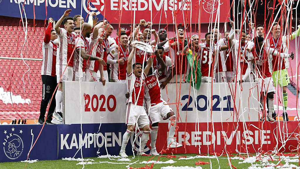Am 2. Mai feierten die Spieler von Ajax Amsterdam ihren 35. Meistertitel noch mit Schale