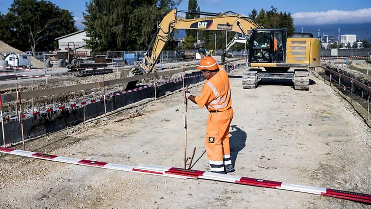 Die Zürcher Gemeinden sollen aus dem Strassenfonds jährlich rund 80 Millionen Franken für den Bau und Unterhalt ihrer Strassen bekommen. (Symbolbild)