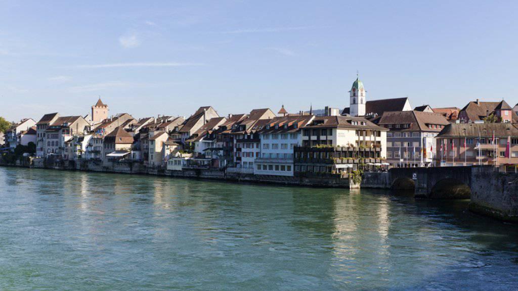 Die Aargauer Kleinstadt Rheinfelden bekommt für ihre langfristige Ortsplanung und die Zusammenarbeit über den Rhein hinweg den Wakkerpreis 2016 (Archivbild).