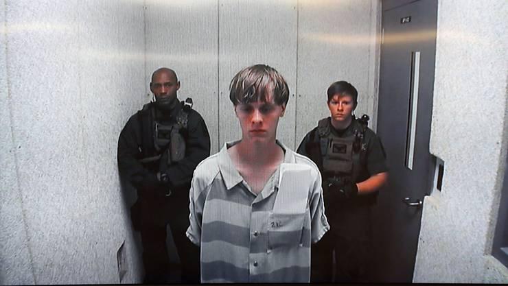 Für ihn wird zweimal die Todesstrafe gefordert: Der mutmassliche Attentäter von Charleston, Dylann Roof. (Archivbild)