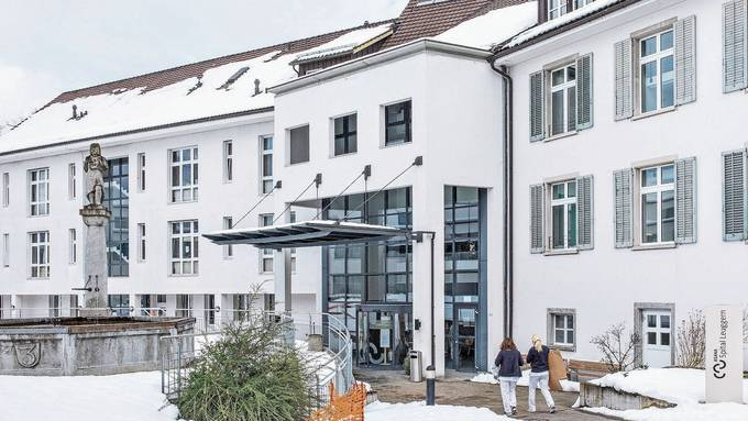 Das Asana Spital in Leuggern eröffnet das Zurzibieter Impfzentrum voraussichtlich am 22. Februar.