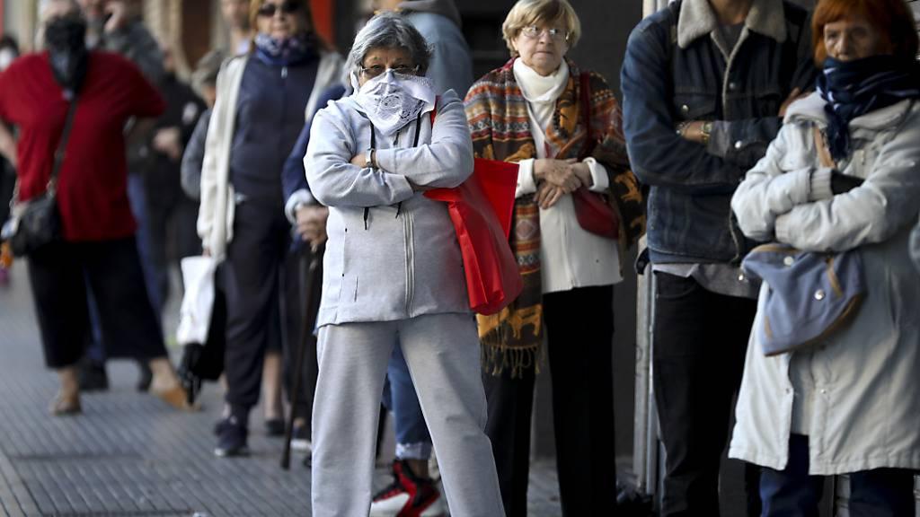 Argentinien verschiebt Zahlung von Milliarden-Schulden auf 2021