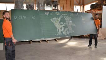 Schulmöbel für Kinder in Myanmar