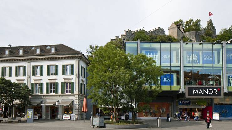 Shopping an bester Lage in Baden