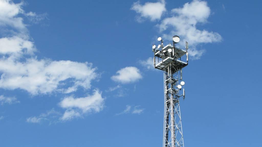 In Bad Ragaz soll eine Mobilfunkantenne in einem Wohnquartier gebaut werden. Die Anwohner wehren sich.
