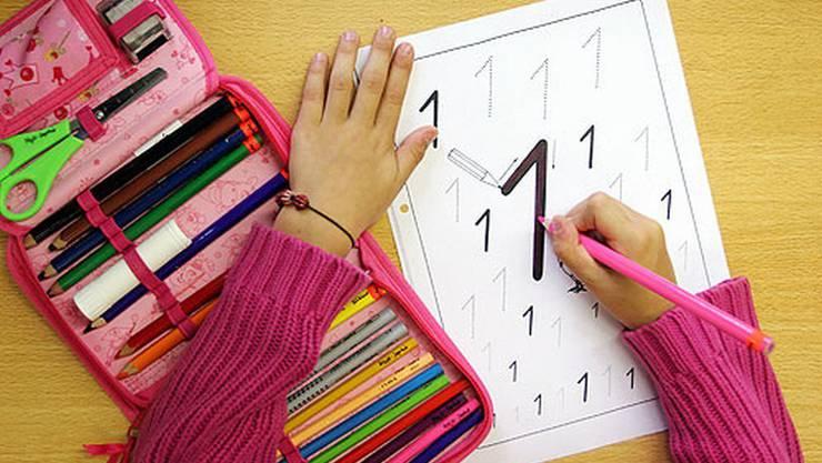 Der erste Schultag bedeutet Abschied von einem Teil Freiheit.