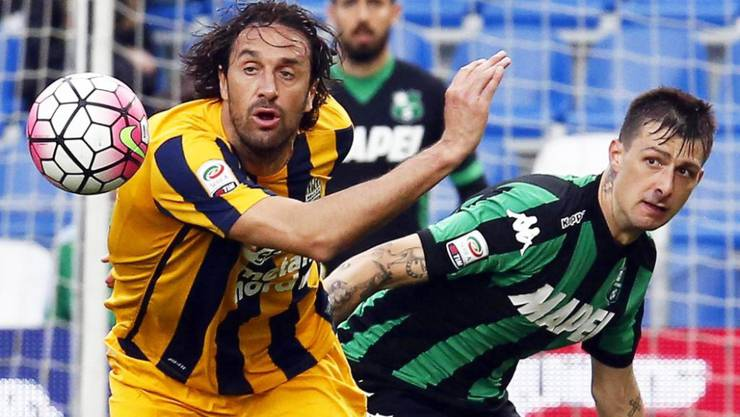 Luca Toni (links) beendet seine Laufbahn