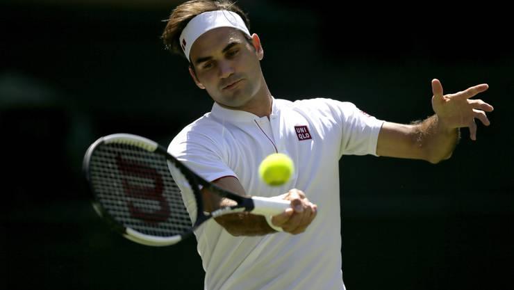 Roger Federer tritt die Erstrundenpartie von Wimbledon mit neuer Ausrüstung von Uniqlo an