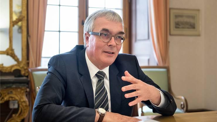 Regierungsrat Christoph Brutschin (SP) weibelt für ein neues Gebäude des Basler Amts für Umwelt und Energie an der Schifflände. Kenneth Nars