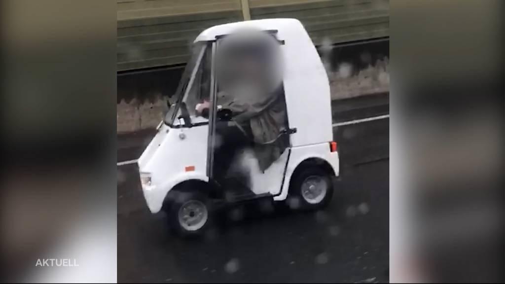 Irrfahrt: Mit dem Rentnermobil auf der Autobahn unterwegs