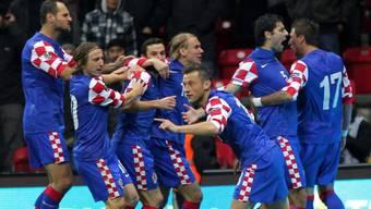 Ivica Olic (m.) brachte Kroatien schon früh auf EM-Kurs