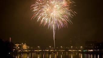 Silvester-Feuerwerk in Basel: Wieder mit Gratis-Glühwein.