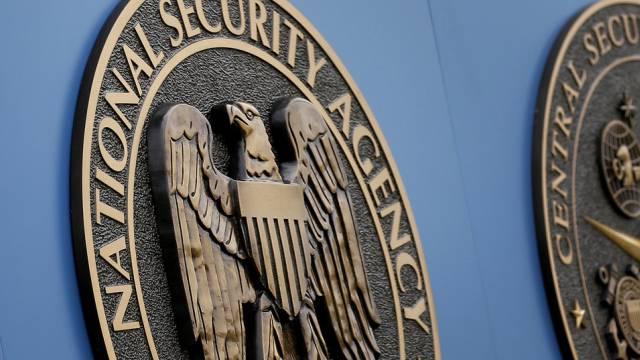 NSA-Signet an einem Gebäude des Geheimdienstes (Archiv)