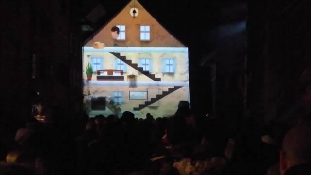 Lichtshow erweckt Schloss-Fassade zum Leben