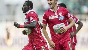 Anto Grgic (rechts) bereitete in St. Gallen einen Treffer vor und erzielte ein Tor mit einem herrlichen Freistoss selbst
