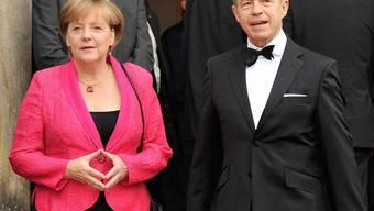 Bundeskanzlerin Angela Merkel mit Ehemann Joachim Sauer in Bayreuth
