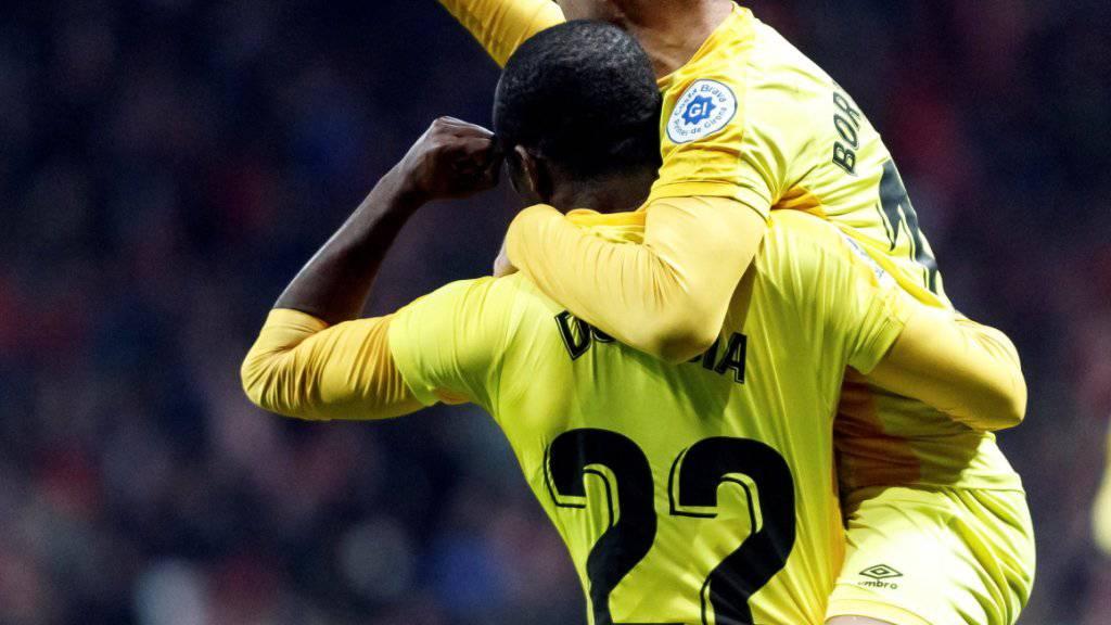Seydou Doumbia (22) und Borja Garcia in unbändiger Freude nach dem entscheidenden 3:3