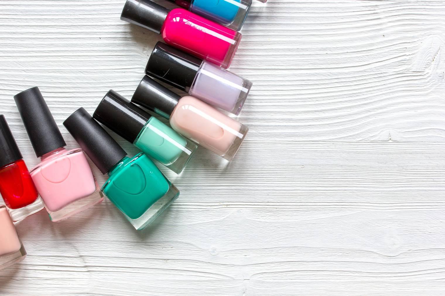 Jeden Tag eine neue Farbe im Advent (Bild: iStock)