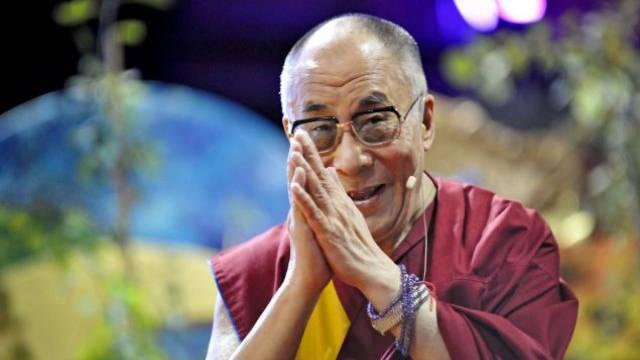 Das Oberhaupt der Buddhisten, der Dalai Lama, ist für sein Lächeln weltbekannt. Foto: Keystone