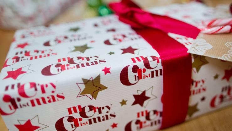 Weihnachtsgeschenke Haushalt.So Viel Geben Schweizerinnen Und Schweizer Für Spielwaren Zu