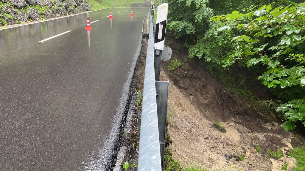 Erdrutsch in Menzingen – Edlibacherstrasse gesperrt