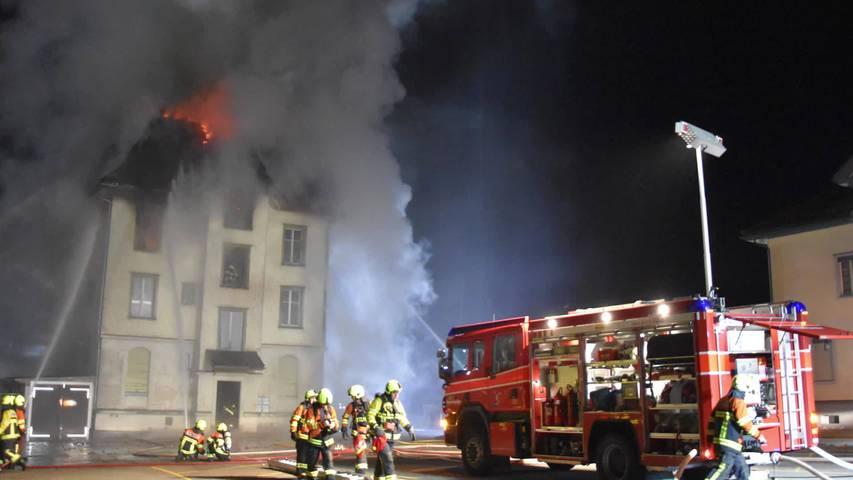 Brand: Vier Personen verlieren in Wattwil Dach über Kopf