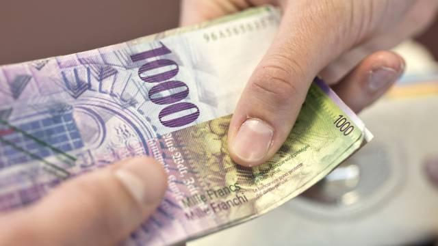 Bedingte Geldstrafe wegen Vorteilsannahme für Zürcher Ex-Beamten. (Symbolbild)