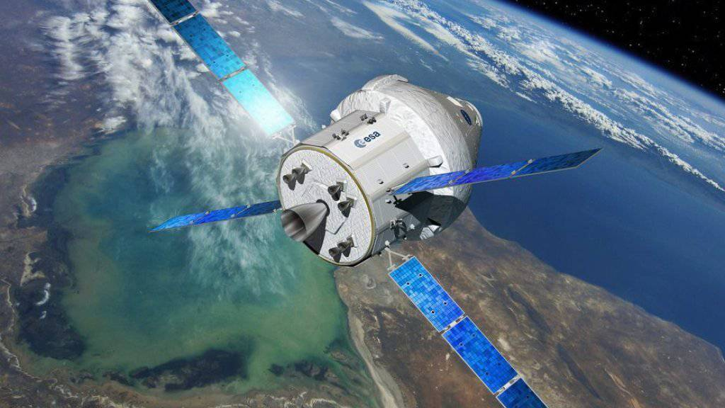 Künstlerische Darstellung der Orion-Kapsel im Orbit mit ausgefahrenen Sonnensegeln. Bevor es soweit ist, werden die einzelnen Bestandteile derzeit noch am Boden getestet. (Archiv)