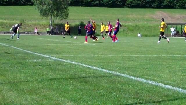 Das 1:0 für Birmensdorf von Fanka aus Abseitsposition