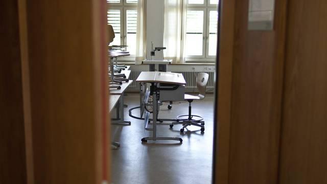 Die beiden Basel wollen 2013 bis 2016 den Beitrag an die Volksschule um jährlich 600 000 Franken erhöhen. (Symbolbild)
