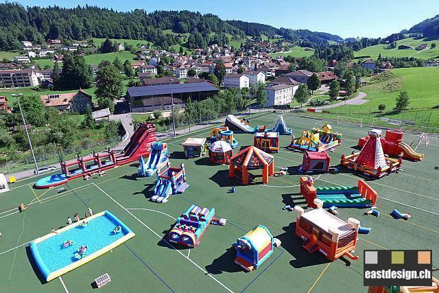 Hüpfburgen-Park Bühler