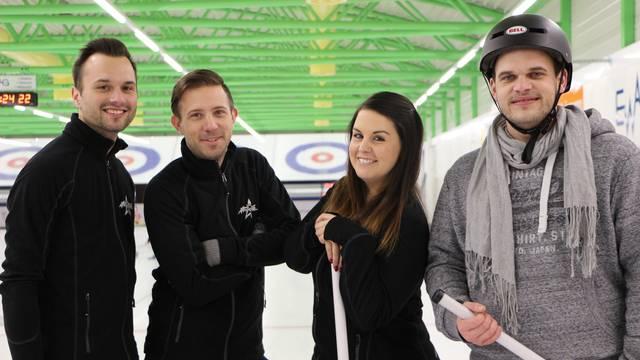 Radio Argovia im Curling-Fieber