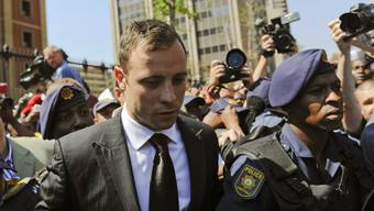Oscar Pistorius beim Verlassen des Gerichts.