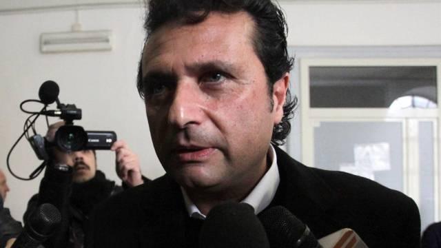 Francesco Schettino muss vor Gericht (Archiv)