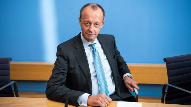 Friedrich Merz verlor gegen Kramp-Karrenbauer die Wahl zum CDU-Vorsitz. Auch ohne offizielle Funktion bringt er sich immer wieder in Debatten ein.