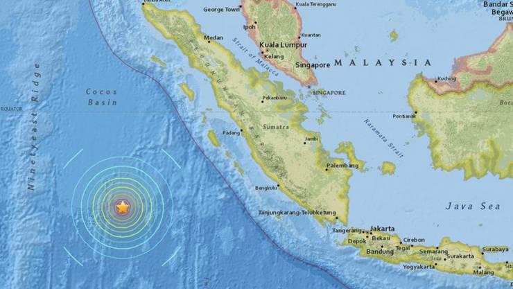 Der von der US-Erdbebenwarte USGS  veröffentlichte Kartenausschnitt zeigt das Epizentrum des Bebens vor Sumatra.