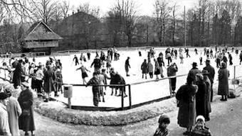 Winter-Volksvergnügen auf dem Eisfeld bei der «Spycher-Matte» (nach 1945). www.georges-buergin.ch