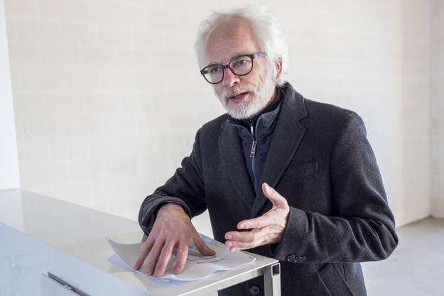 Architekt Heinrich Degelo fragt nach dem Grundbedürfnis des Wohnens.