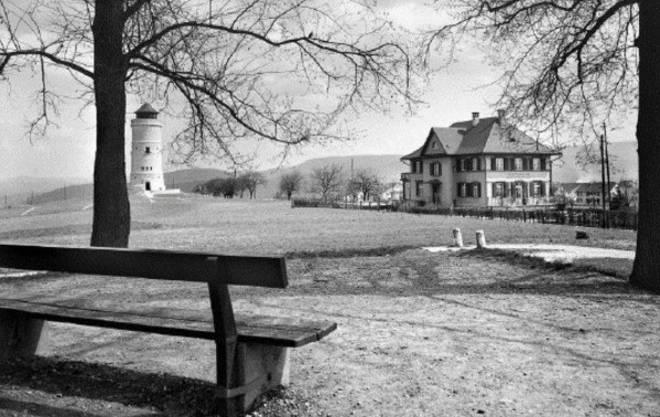 """Mit diesem historischen Bild wirbt der Quartierverein gegen den Abbruch des """"Ensemble aus Wasserturm und Restaurant""""."""