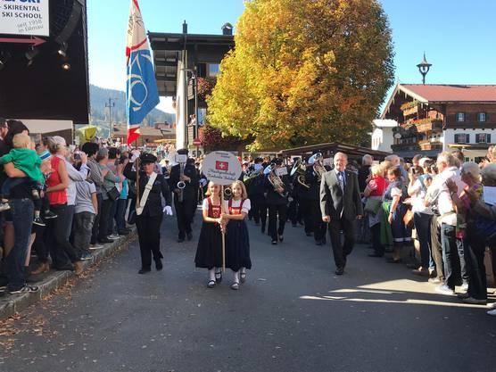 Begeisterung ob der gebotenen Schweizer Märsche Foto: Barbara Heutschi, Balsthal