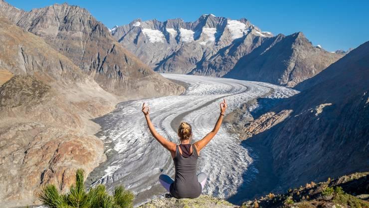 Yoga am Aletschgletscher