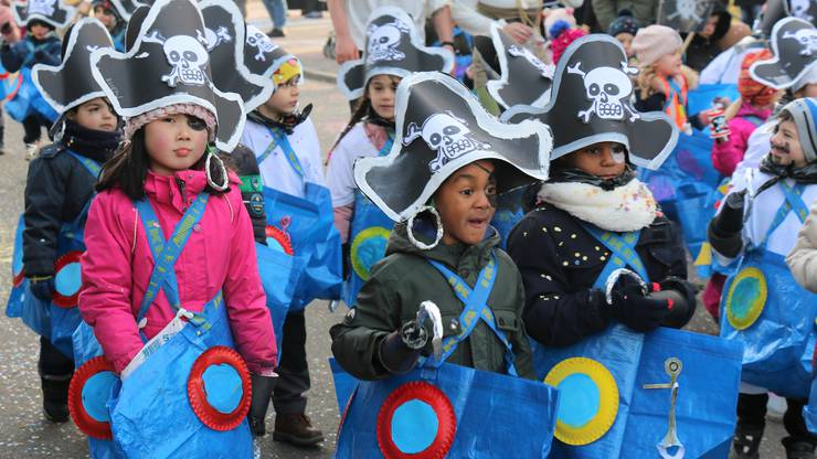 Konfetti, der Schatz dieser kleinen Piraten aus der Schuleinheit Zentral.