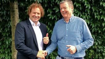 Simon Boss, Gründer, Inhaber und CEO der Boss Info Gruppe (links), und pmc-Informatik-Inhaber Gert Zumkehr.