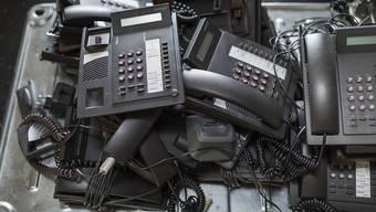 Die freiwillige vorgezogene Entsorgungsgebühr bringt nicht mehr genug Geld ein, um ausgediente Geräte zu entsorgen. Der Ständerat will nun eine obligatorische Abgabe einführen. (Symbolbild)