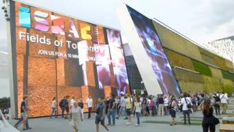 Die Weltausstellung in Mailand schliesst diesen Samstag nach sechs Monaten ihre Pforten. Insgesamt über zwei Millionen haben den Schweizer Pavillon besucht. Die Schweizer Ausstellungsmacher zeigten sich nicht nur mit der Besucherzahl, sondern auch mit der Resonanz sehr zufrieden.