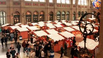 Christkindlimarkt im Zürcher Hauptbahnhof