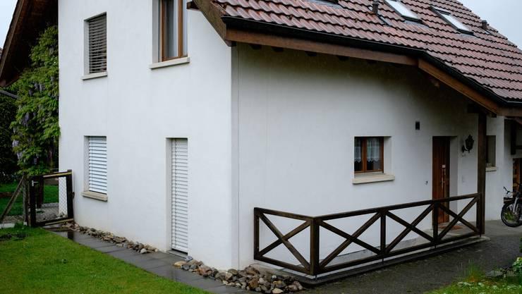 Dieses Haus in Rupperswil ist seit Donnerstag polizeilich versiegelt.